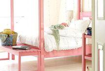 Leni's room