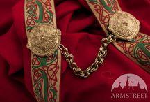 costumi armature accessori medievali