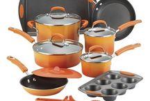 ♡rachel ray kitchenware / by Rebecca Wolfe