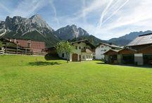 Vakantiehuizen Tirol / Op dit bord tref je een aanbod van vakantiehuizen in de regio Tirol te Oostenrijk aan. Deze zijn veelal online via onze website Recreatiewoning.nl te boeken. Het huuraanbod op onze site is afkomstig van zowel particulier als zakelijke verhuurders.