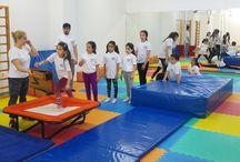 Jimnastik Kursu / Aqua Spor Kulübü, Üsküdar Burhan Felek Spor Kompleksi içinde Bulunan Jimnastik Kubbe Salonu ve Bir adet Ritmik Jimnastik Kursunun Yapıldığı Salonda Çalışmalarını yapmaktadır. Her iki Jimnastik Salonunun da İşletmesi Gençlik Hizmetleri ve Spor İl Müdürlüğü'ne aittir. Aqua Spor Kulübünün Dışında, Gençlik Hizmetleri ve Spor İl Müdürlüğü tarafından sürekli olarak Çocuk Guruplarına yönelik jimnastik Kursu Eğitimi vermektedir.