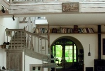 Home and Architecture / by Nicole Sutton