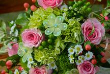 Coral & Lime Green Wedding / In this feed you will find weddings using the color pallet with lime green or coral