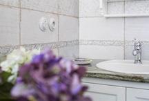 Retro koupelna ve stylu Provence a vypínače Decento