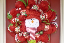 Deco Mesh Wreath - Christmas / by Jennifer Ridenhour