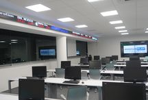 Led Ticker Tape Display / Ticker Tape displays can be used as messaging device to create relevant business environment providing upto date information on the relative markets in a live fashion.