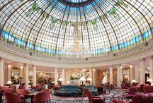 Most Glamorous Hotel Lobbies / Los vestíbulos con más glamour del mundo / by Fernando Gallardo