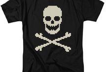 GAMER APPAREL / Tshirts and Hoods Gamer Apparel