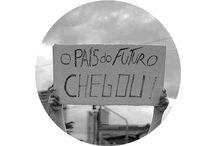 #mudabrasil #vemprarua #colocarammentosnageraçãococacola / Cabelos ao vento, gente jovem reunida.