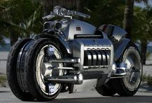 Motorcycles / by David Dunavent