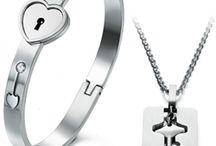couples of bracelets for lovers / Браслеты для влюбленных - символ вашей искренней любви. Приобрести можно на сайте www.Подарки-любимым.рф