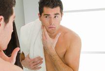 Cosmetice pentru bărbați / Chiar și pielea bărbaților merită o îngrijire de calitate. O varietate de produse pentru curățare, hidratare și bărbierit, special concepute pentru pielea bărbaților, lăsând-o hidratată și hrănită.