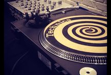 Turntables / DJ Equipment