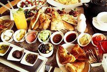 Kamel zum frühstück