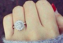 Jewelry / by Kaitlyn Elizabeth