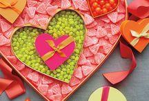 Valentines/Love / by Tonya Morgan
