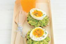 Avocado, sapore morbido / Originali proposte vegetariane, per portare in tavola questo specialissimo frutto sia in occasione delle feste che nella cucina di tutti i giorni.... 5 ricette con l'avocado