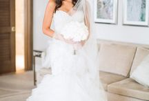 Mermaid Wedding Dresses / Most amazing Mermaid wedding dresses that will make you weak in the knees. Ideal for slender frames and hourglass body types who are willing to show off their curves.