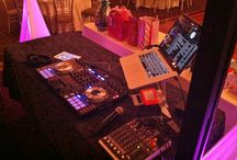 Party DJ Toronto / We offer an extraordinary DJ. He does Magic shows, balloon twisting and amazing MC and dj services. We service Toronto and it's surrounding cities.