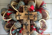 wreaths to make / by Shannon Finstead