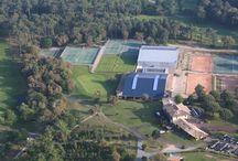 Tennis de Moliets / Toutes les surfaces du Grand Chelem sont réunies à Moliets dans un cadre naturel et paisible exceptionnel