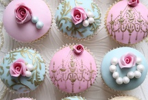 Cupcakes & pie.
