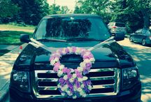 Wedding Limos / Find more about our wedding packages and check out our decorated wedding Limousines.
