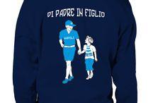 DI PADRE IN FIGLIO / Felpa con Cappuccio che evoca la passione dei Tifosi Napoletani .Un amore infinito che si tramanda di Padre in Figlio.