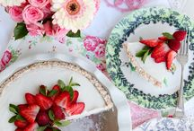 cakes / by Berfe Tumen