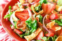 yummy salads / by Melynda Gonzalez