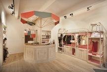 интерьер магазина детской одежды