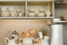 kitchens / by Melissa Bragg