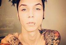 Andy :3