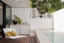Backyard oasis / Small backyard ideas