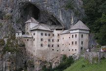 Predjama Castle / Board is about Predjama Castle (slovenian:Predjamski grad), the biggest castle that was ever built in a cave.