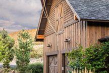 Make....a barn garage / by Janine Hannon