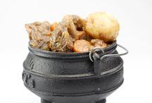3 legged Zulu traditional pot