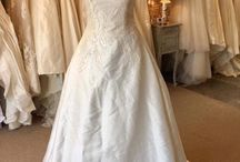 Bridal Reloved Street Wedding Dresses / The beautiful dresses you can find in our Street store