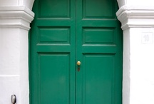 Facades and Front Doors / by Claire Watkins