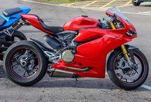 motor/racer