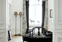 Architectural Details / If you love the charm of older properties and houses or inspiring architectural details of more modern properties, you're in the right place! From stately wall moulding to beautiful contemporary design, you'll find lots of inspiration from ceiling to walls to floors and layouts.