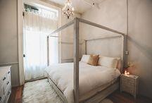 M a s t e r  B e d r o o m . / Bedrooms