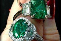 mooie smaragd steen