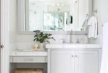 Bathroom Vanities / 0