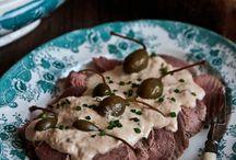 Piatti tipici piemontesi - Typical piedmont cuisine / Dai salumi ai formaggi, dagli agnolotti ai tajarin passando per il bollito misto e il vitello tonnato. Tutti i migliori piatti della tradizione piemontese!