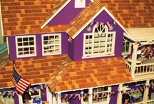 Miniatures & Doll Houses