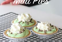 St. Patrick's Day Recipes / A collection of St. Patrick's Day recipes and ideas brought to you by Holiday Mom.