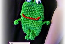 """""""ribbit, ribbit"""" / All about the frog  / by Linda Heringes Gurule"""