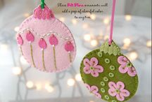 Felt Ornaments to Make / by Courtney Richardson