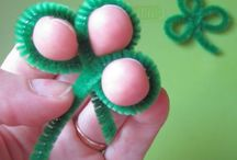 St Patrick's Day Teaching Ideas / Teaching ideas for elementary or primary classrooms about St Patrick's Day. Find fun crafts, ideas, inspiration and more!